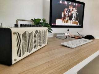 Yamaha Thr10 desktop amplifier (thr 10 amp) guitar and bass