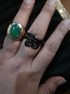 Chalcedony with Akar Bahar ring