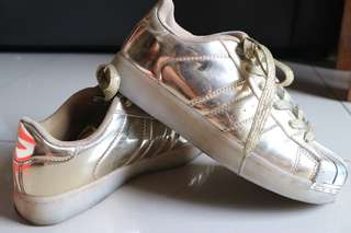 Barbie Shoes Girl Sporty Gold (ORIGINAL | USED)