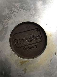 🚚 德國寶迪鍋 Berndes 傳統木柄深鍋 28cm炒鍋(不含蓋)導熱迅速鍋底省瓦斯,送他牌烤盤蓋