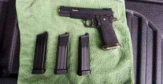Airsoft Pistol hi-capa