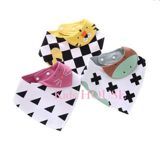 🚚 3-piece Adorable Animal Design Geo Print Bib for Baby
