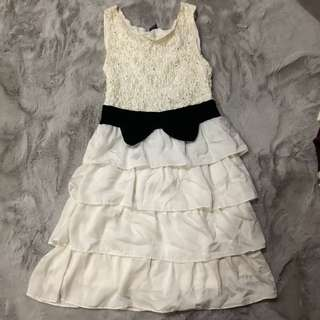 Ruffled Dress with Bow