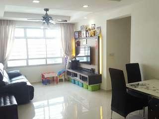 Blk 574 Choa Chu Kang Street 52 (High Floor unblock view)