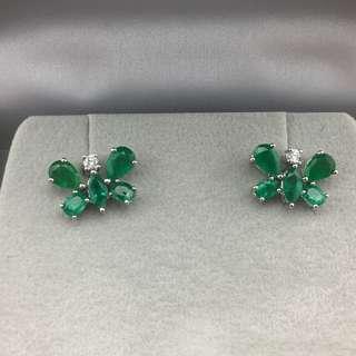 18K白金耳環 2卡65份綠寶 10份鑽石  18K Withe gold Earrings 2.65ct Emerald 0.10ct Diamond 可議價