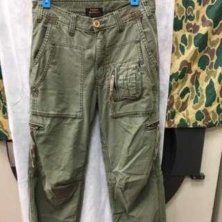 🚚 TOUGH 多口袋仿舊軍褲