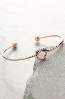 Rose Gold Knot Bangle