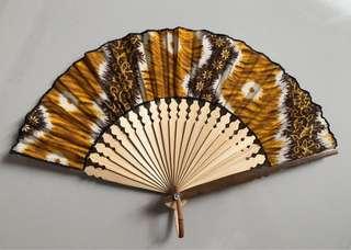 Kipas Motif Batik
