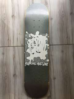 Papan Skateboard Fucking Awesome