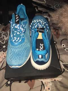 Adidas Alpha Bounce Running Shoes Size 9