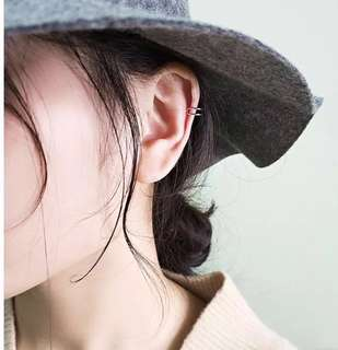 Clip on earring ✨ (pair)