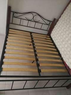 Queen size Bed Frame holder