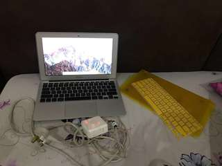 Laptop macbook air 11inch '2010