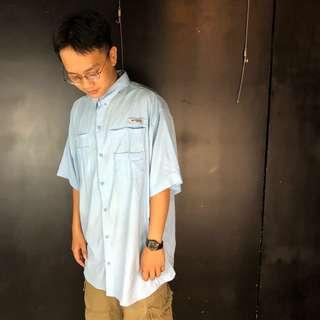 🚚 古著Columbia 淺藍色機能性短袖襯衫