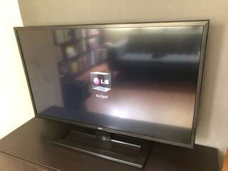 "LG 43"" LCD TV"