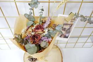 Dried and Preserved Flowers Bouquet with Wheat