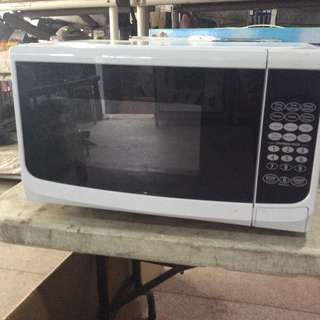 20 Litres Microwave Oven