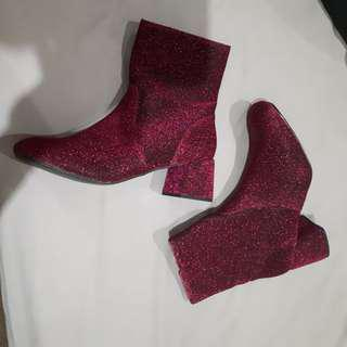 Pink boots size 39