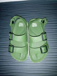 🚚 2手童涼鞋