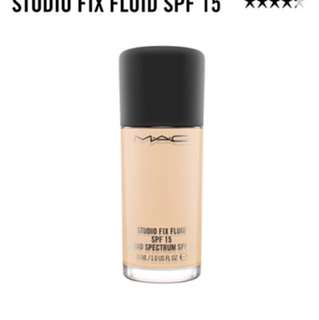 MAC Studio Fix Foundation NC15