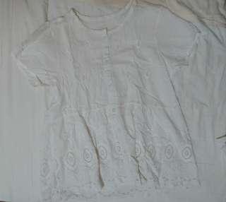🚚 棉麻白色上衣