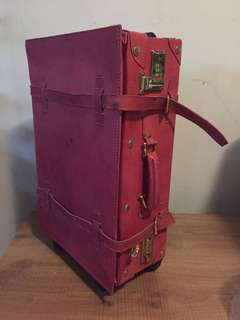 Pink classic vintage luggage bag