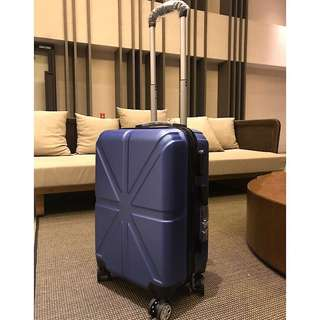 20吋 質感深藍行李箱