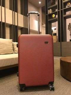 24吋 時尚金漾紅行李箱