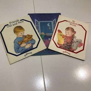 2 Kindermusik Songs and Music book + Free gift (book in the middle) for CHILDREN