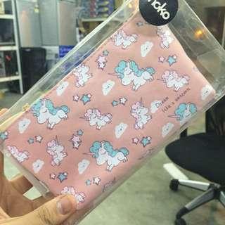 540• unicorn pencil case