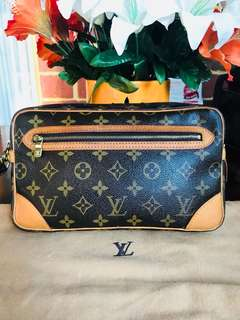 ❤️❤️SALE ❤️❤️Authentic Vintage Louis Vuitton Marly Dragonne Clutch Bag