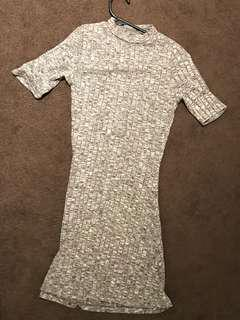MISSGUIDED GREY RIBBED SHORT SLEEVE DRESS SIZE 4