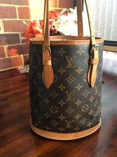 ❤️SALE ❤️Authentic Vintage Louis Vuitton Bucket Bag PM
