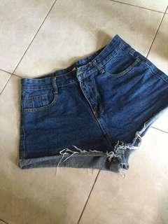 Preloved celana jeans uk M