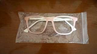 Kacamata fashion baby pink putih