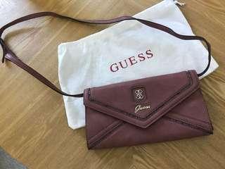 Guess clutch