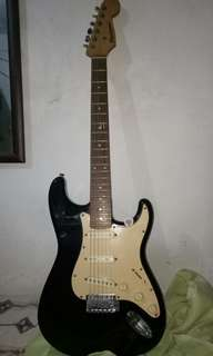 For sale Stratocaster guitar
