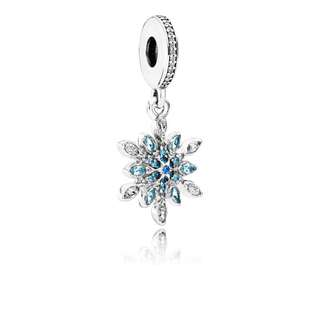 PANDORA SNOWFLAKE SILVER DANGLE WITH CLEAR CUBIC ZIRCONIA AND MIXED BLUE SHADES OF CRYSTAL