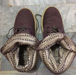 Auth Timberland Maroon Fold Down Boots