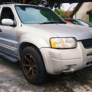 FORD (SUV) 4X4
