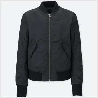 EUC Uniqlo bomber jacket in BLACK