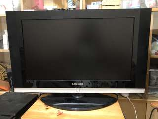 "Samsung LCD 32"" TV (Used)"