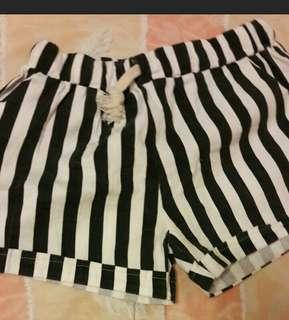 🚚 降價賣#短褲 尺寸L