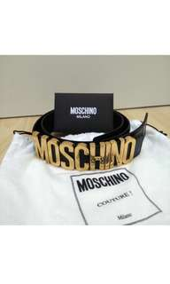 🆕🎉🛍Authentic MOSCHINO Belt in Black Leather