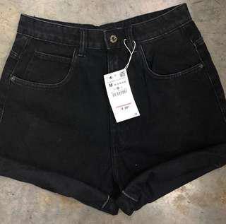 Black zara mom shorts