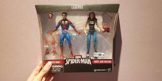 Marvel Legends Spider-Man Mary Jane 2 pack exclusive