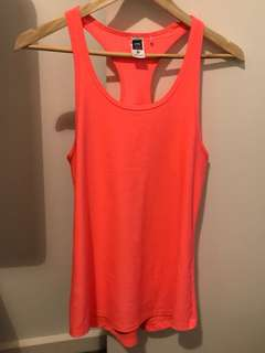 Active tank size 6 - suits size 8 and 10