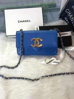 Vintage Chanel電光藍蜥蜴皮大logo flap bag 22x14x6.5cm