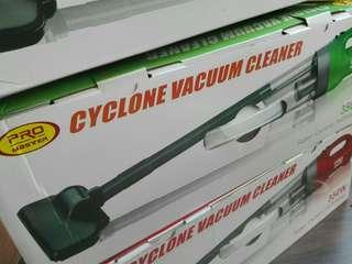 Alat penghisap debu mobil dan rumah