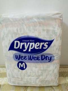Drypers Wee Wee Dry M52 x 2.5 packs (130 pcs)